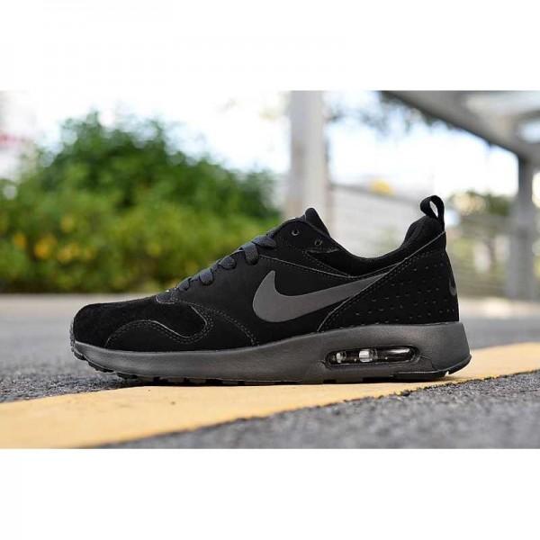 Nike Air Max Tavas Leather Hombre