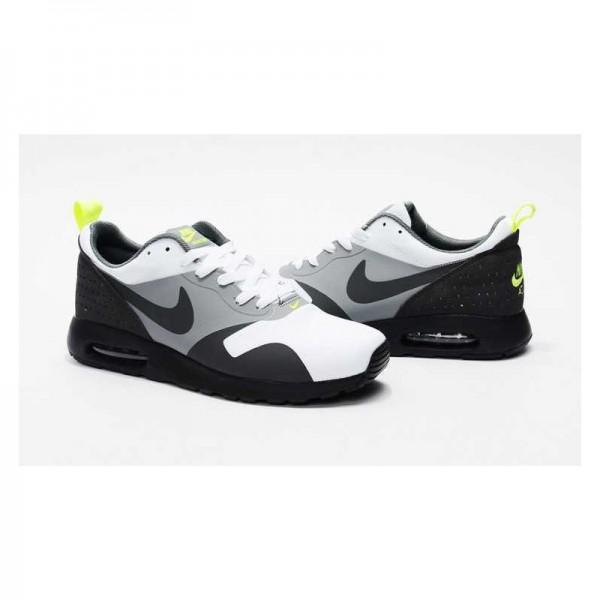 Nike Air Max Tavas SE Hombre